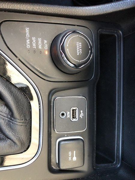 2019 Jeep Cherokee LimitedImage 42