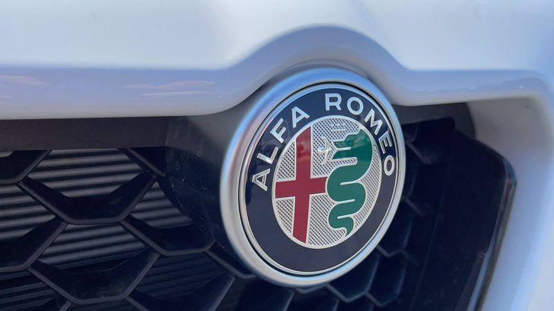 2021 ALFA ROMEO STELVIO TI AWDImage 31