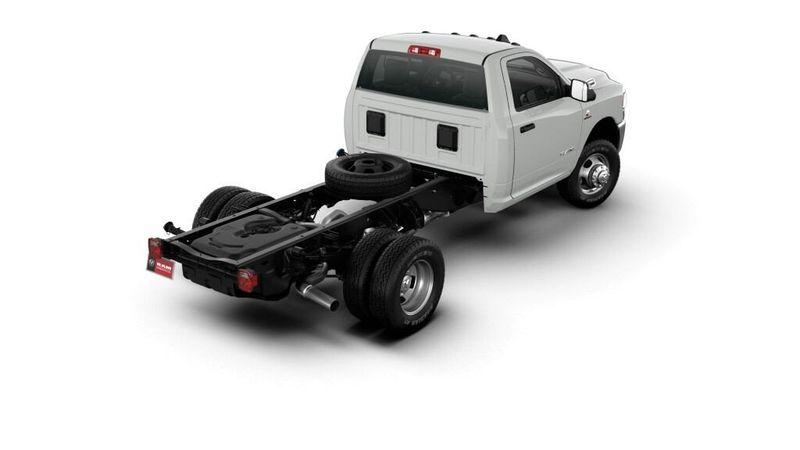2021 RAM 3500 TRADESMAN CHASSIS REGULAR CAB 4X4 60 CAImage 6