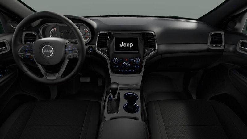 2020 Jeep Grand Cherokee Laredo EImage 6