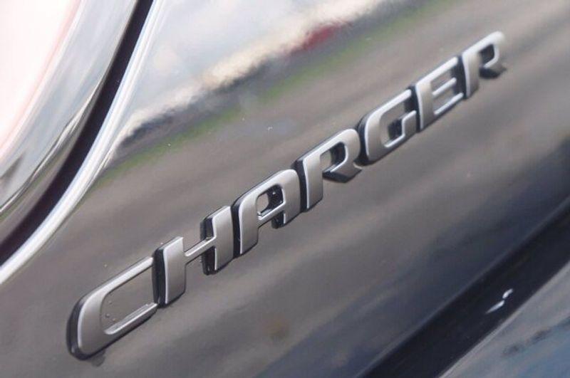 2021 DODGE CHARGER SXT RWDImage 8