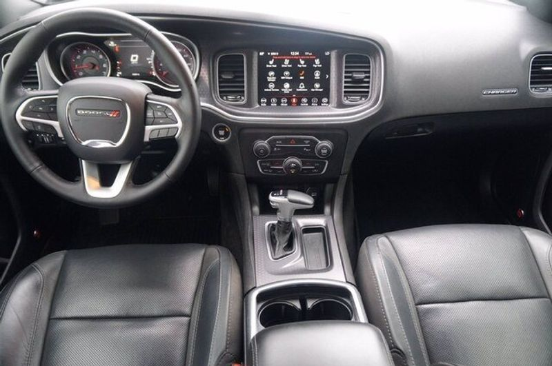 2018 Dodge Charger SXT PLUSImage 21