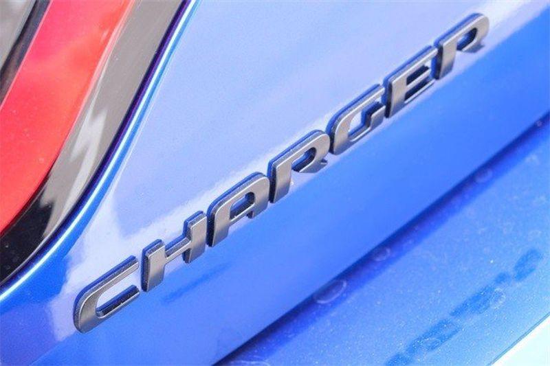 2021 DODGE CHARGER SXT RWDImage 7