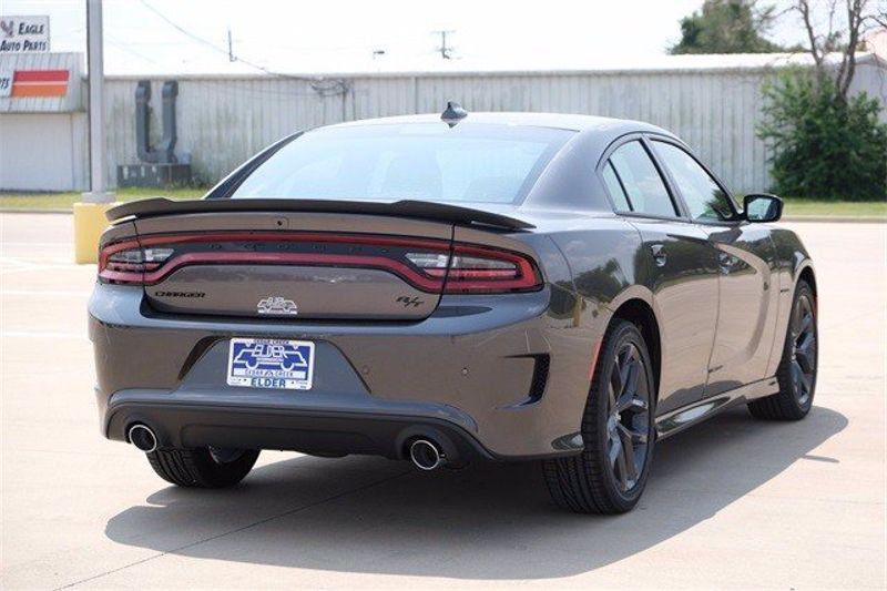 2021 DODGE CHARGER R/TImage 6