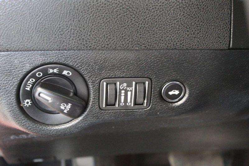 2018 Dodge Charger GTImage 23