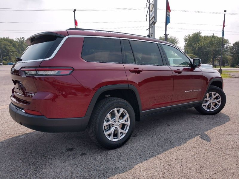 2021 JEEP GRAND CHEROKEE L LIMITED 4X4Image 4