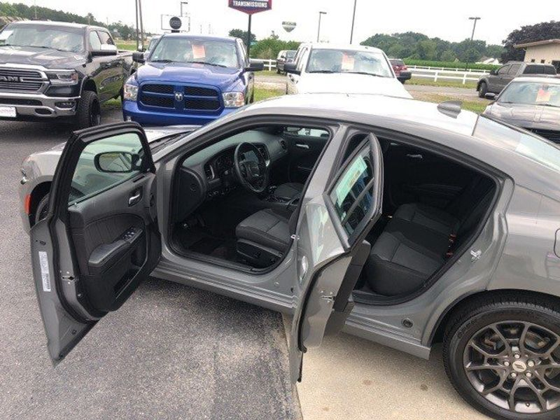 2018 Dodge Charger GTImage 17