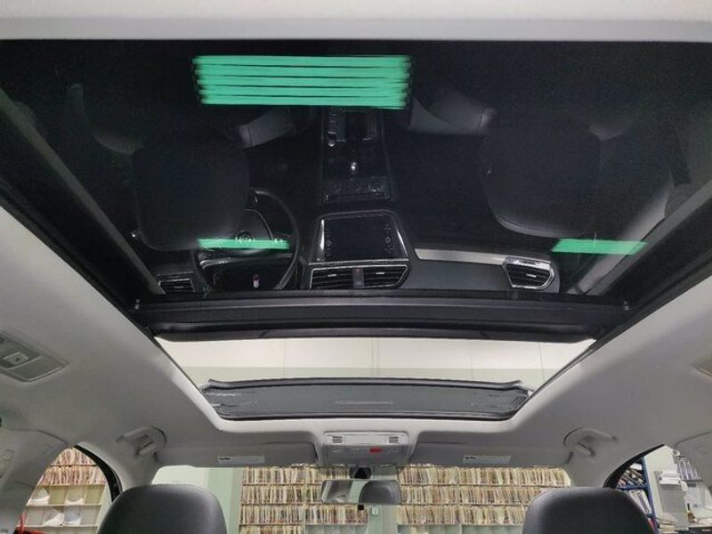 2019 Volkswagen Tiguan SEL 4-Motion AWD w/SunroofImage 7