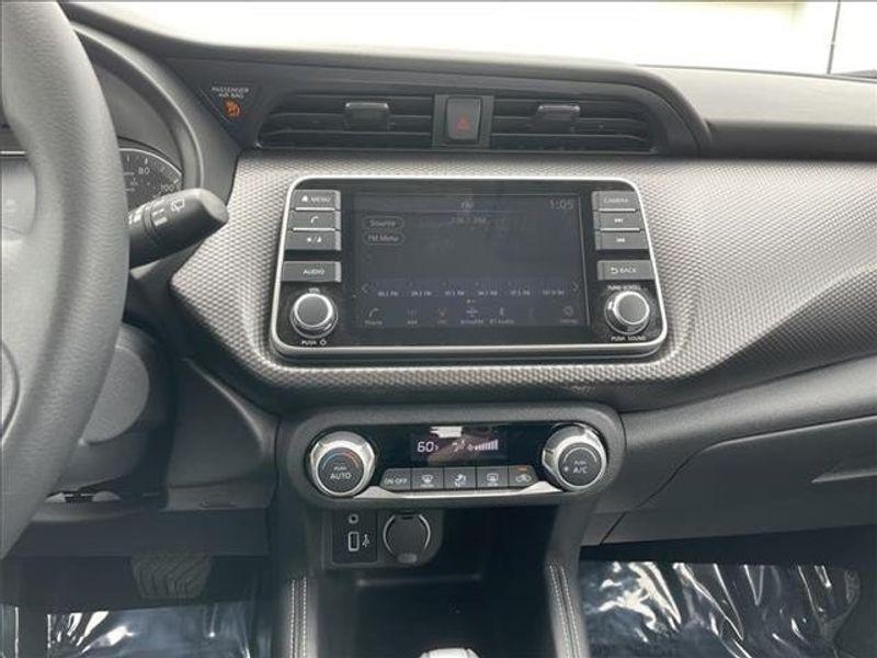 2018 Nissan Kicks S Front-wheel DriveImage 15