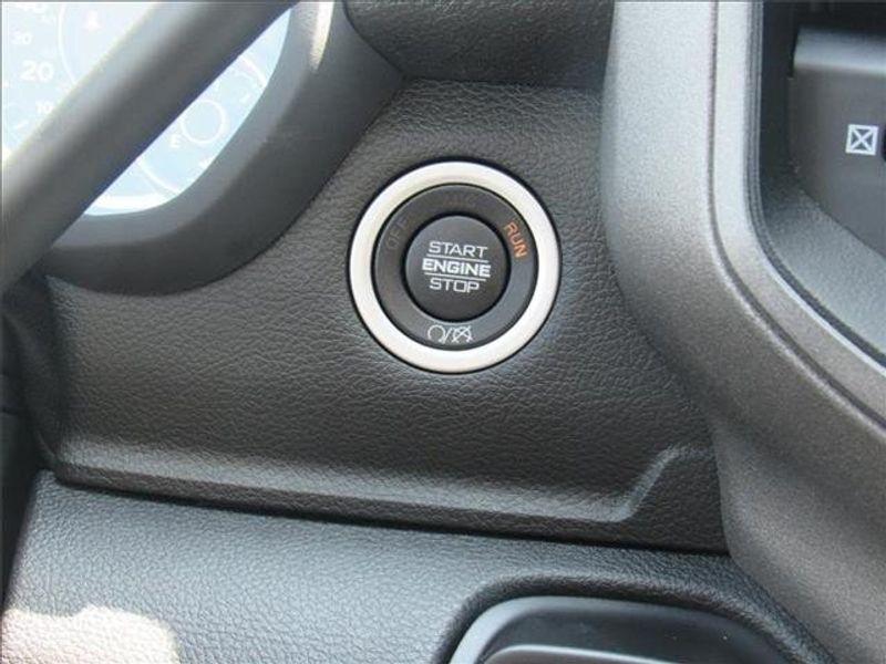 2021 RAM 3500 TRADESMAN CREW CAB CHASSIS 4X4 60 CAImage 18