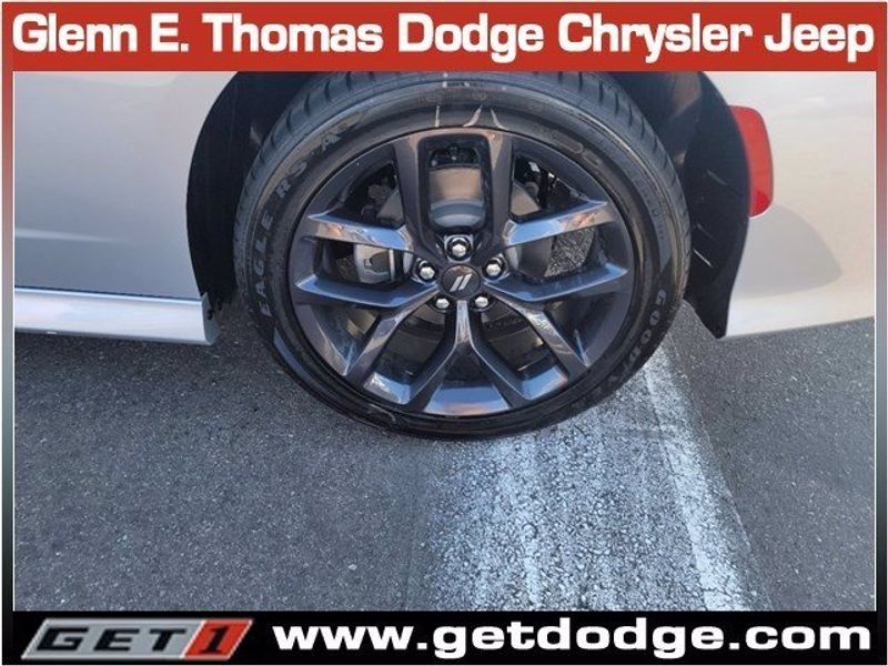 2021 DODGE CHARGER R/TImage 7