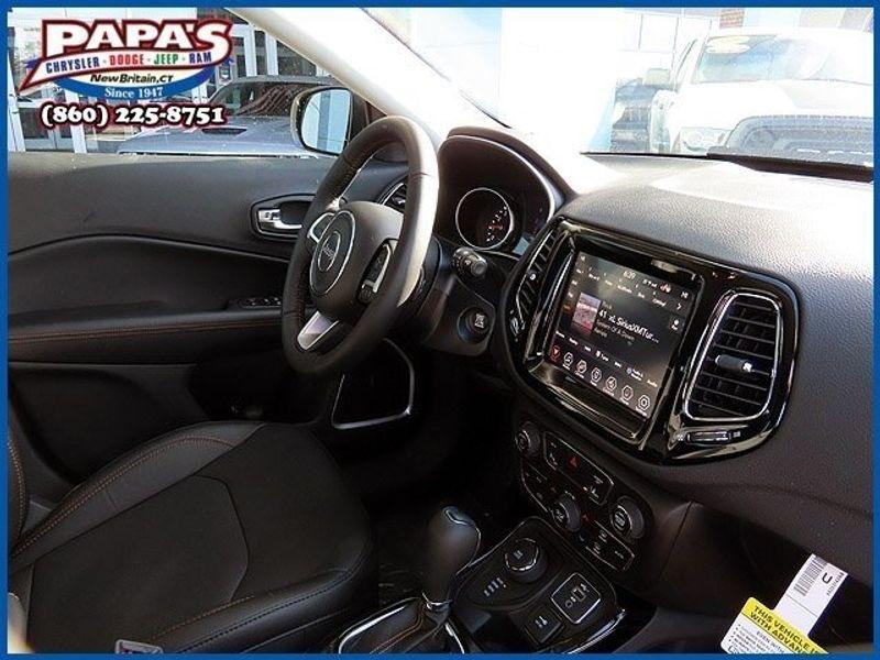 2021 Jeep Compass LimitedImage 8