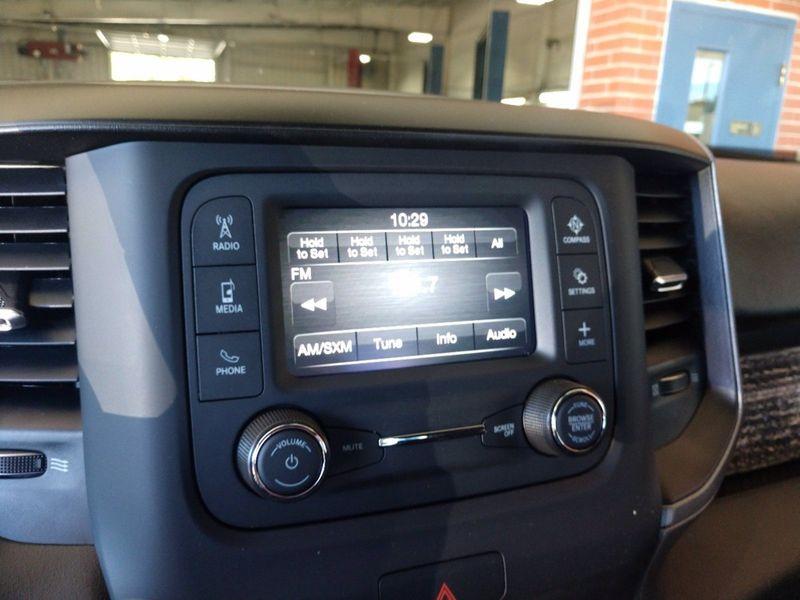 2022 RAM 2500 TRADESMAN CREW CAB 4X4 6