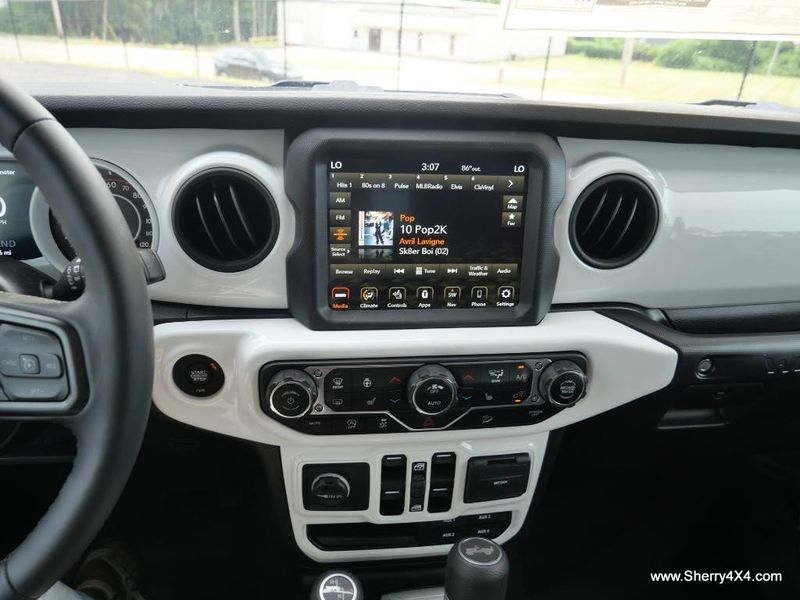 2021 JEEP WRANGLER UNLIMITED SPORT S 4X4Image 28