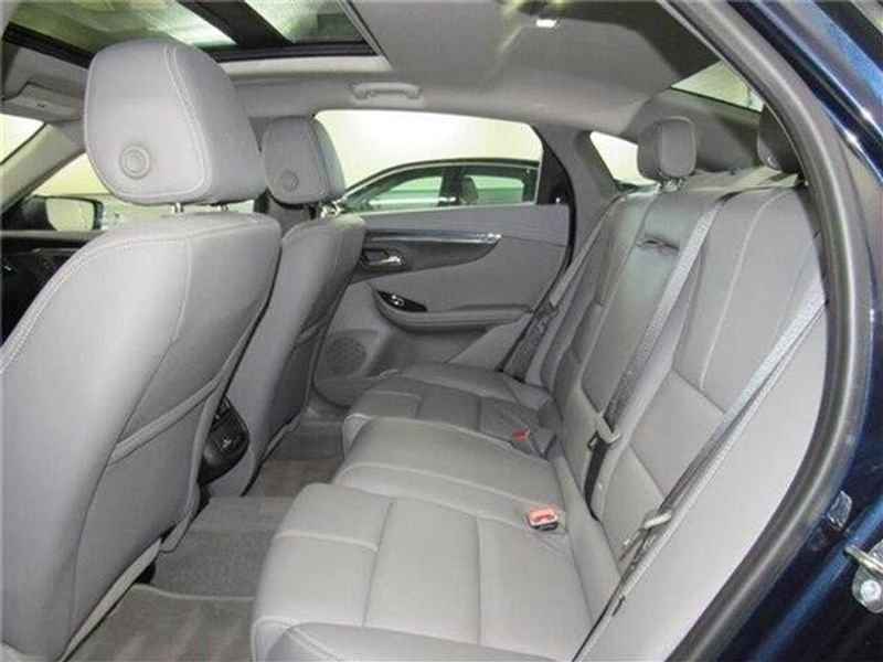 2019 Chevrolet Impala LT w/1LT SedanImage 12