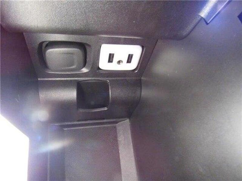 2019 Chevrolet Impala LT w/1LT SedanImage 31