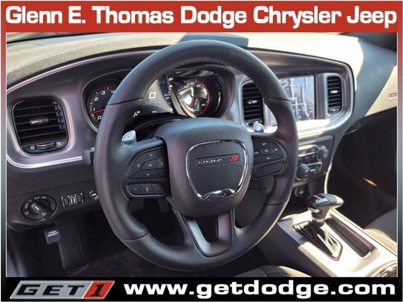 2021 DODGE CHARGER R/TImage 11