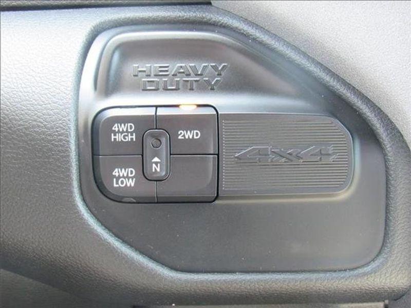 2021 RAM 3500 TRADESMAN CREW CAB CHASSIS 4X4 60 CAImage 19