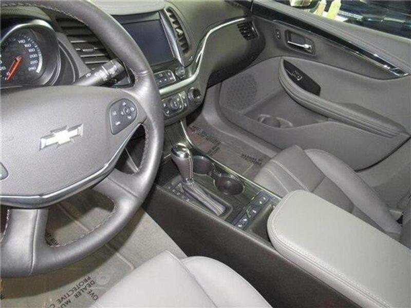 2019 Chevrolet Impala LT w/1LT SedanImage 9