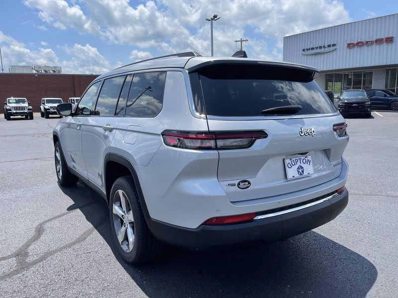 2021 JEEP GRAND CHEROKEE L LIMITED 4X2Image 8
