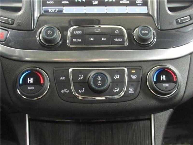 2019 Chevrolet Impala LT w/1LT SedanImage 27