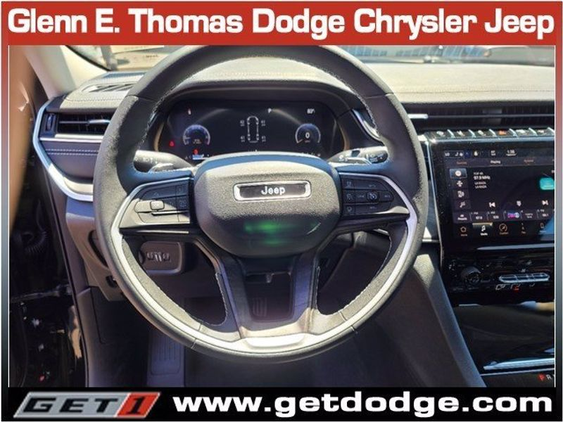 2021 JEEP GRAND CHEROKEE L LIMITED 4X2Image 9