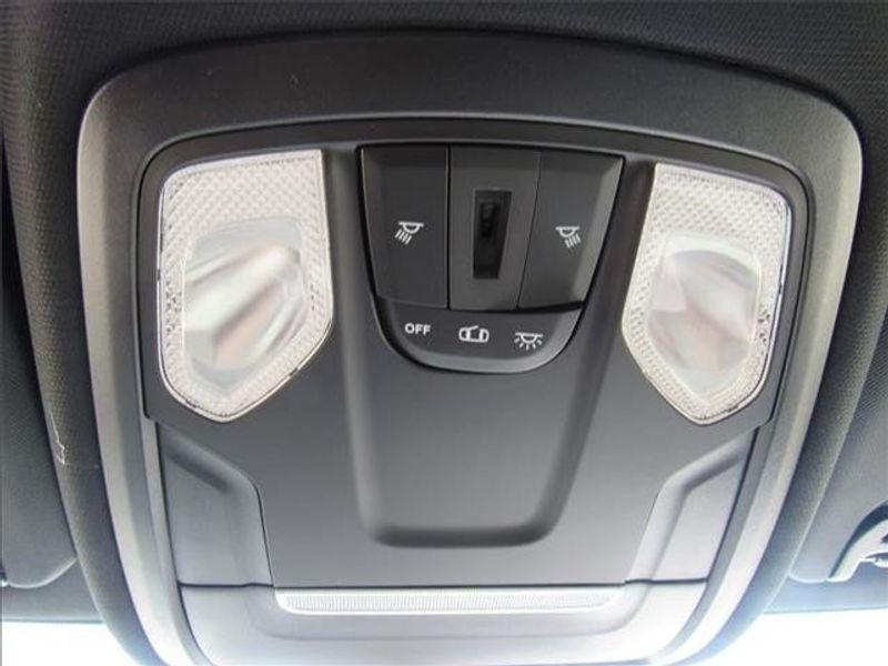 2021 RAM 3500 TRADESMAN CREW CAB CHASSIS 4X4 60 CAImage 24