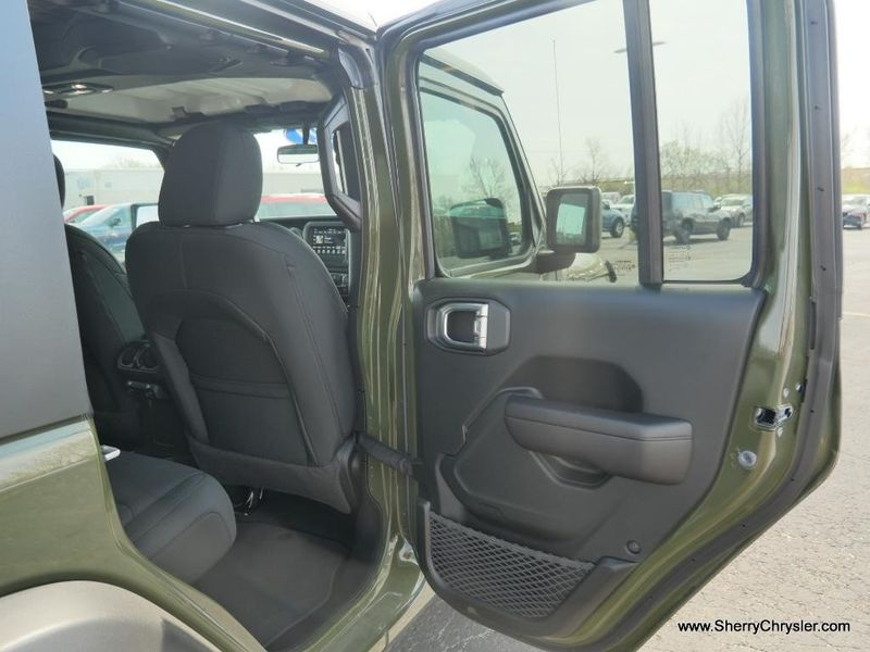 2021 JEEP WRANGLER UNLIMITED SPORT S 4X4Image 35