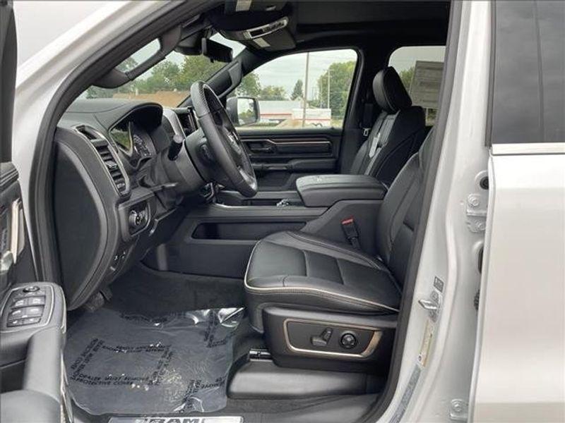 2021 RAM 1500 LIMITED CREW CAB 4X4 5