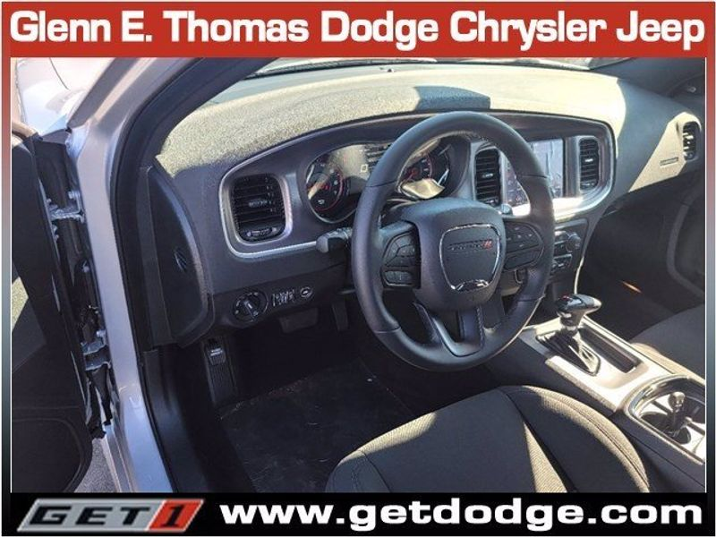 2021 DODGE CHARGER R/TImage 8