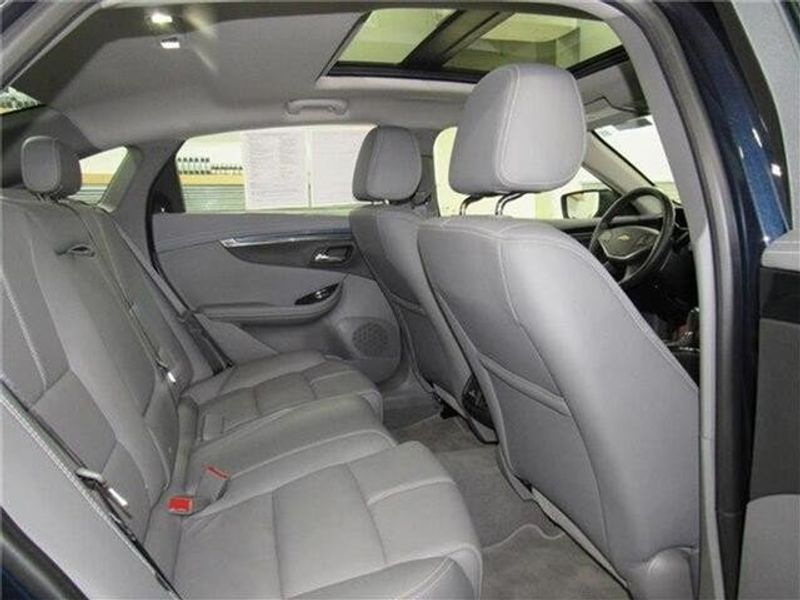 2019 Chevrolet Impala LT w/1LT SedanImage 14