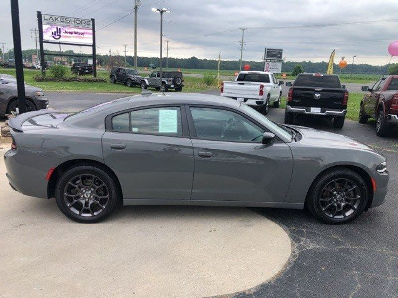2018 Dodge Charger GTImage 8