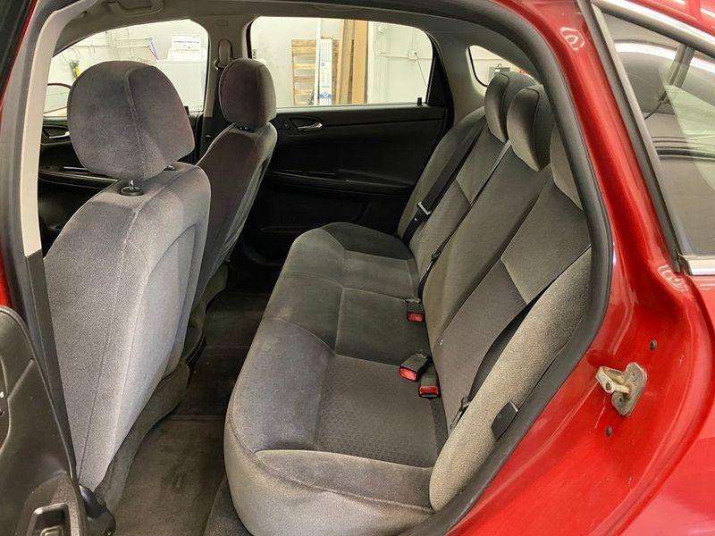 2008 Chevrolet Impala LSImage 13