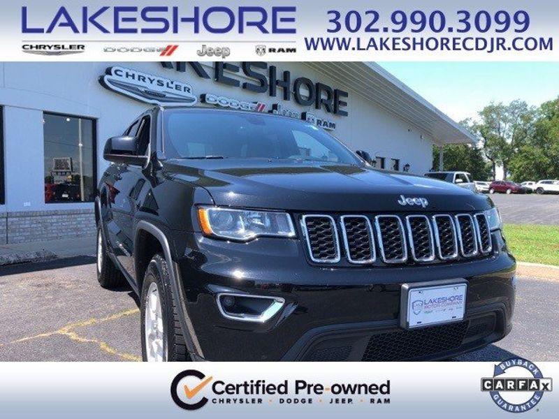 2017 Jeep Grand Cherokee LaredoImage 1