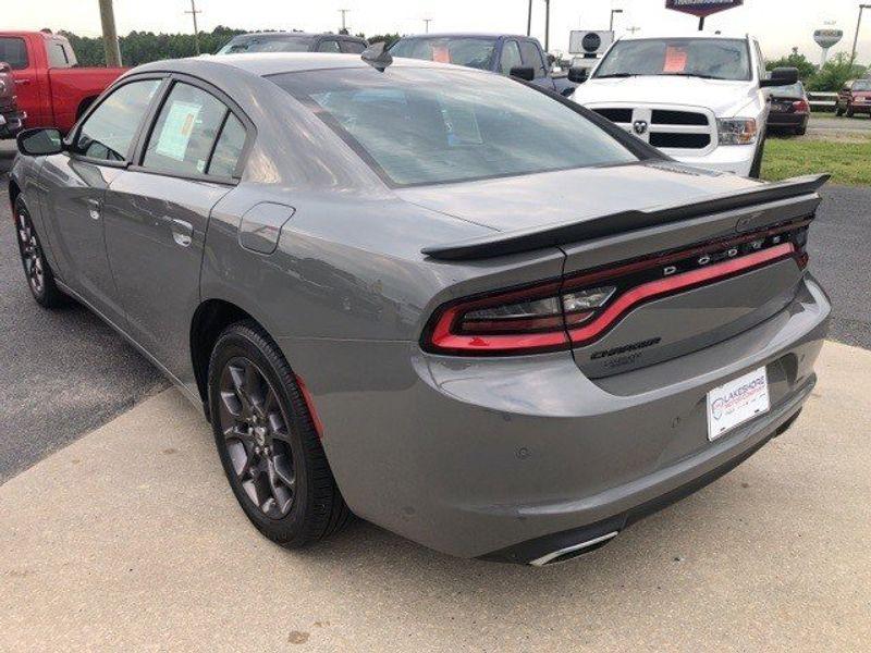 2018 Dodge Charger GTImage 5