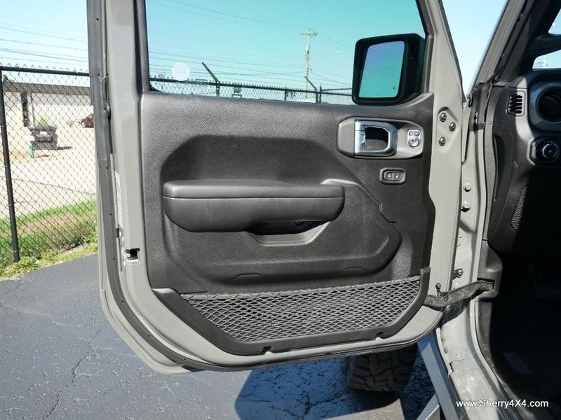 2021 JEEP WRANGLER UNLIMITED SPORT S 4X4Image 21