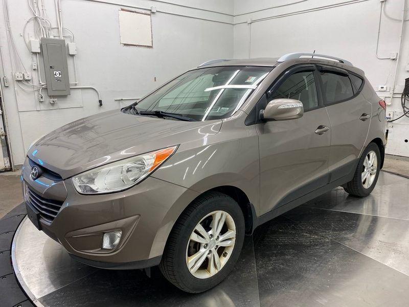 2012 Hyundai Tucson GLSImage 8