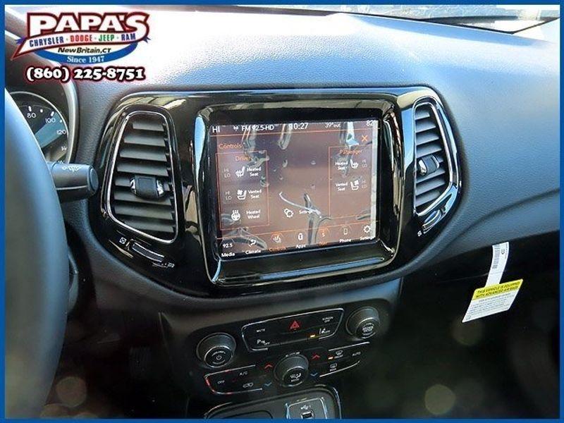 2021 Jeep Compass LimitedImage 18