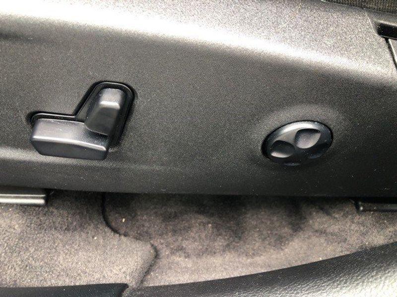 2018 Dodge Charger GTImage 12