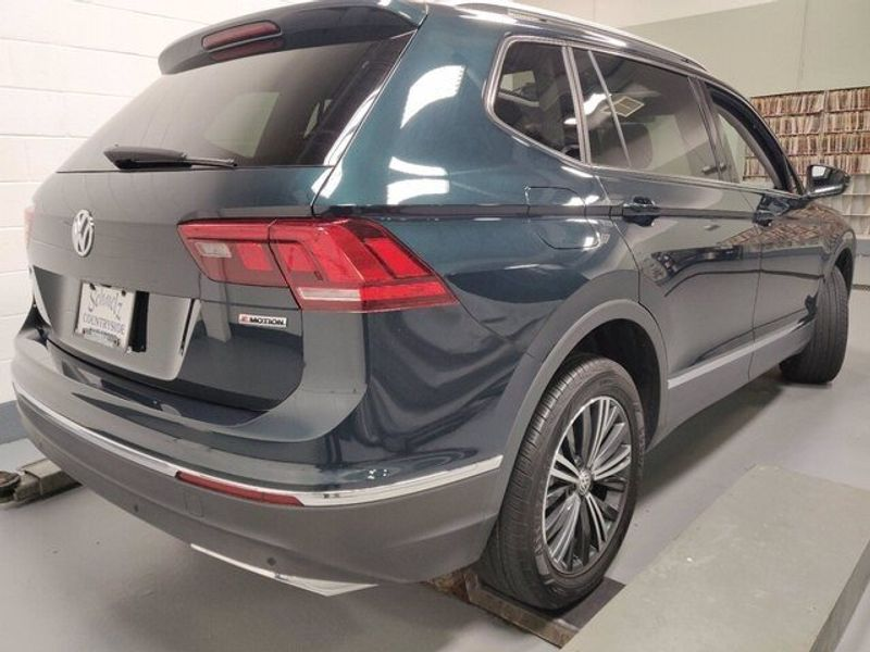 2019 Volkswagen Tiguan SEL 4-Motion AWD w/SunroofImage 15