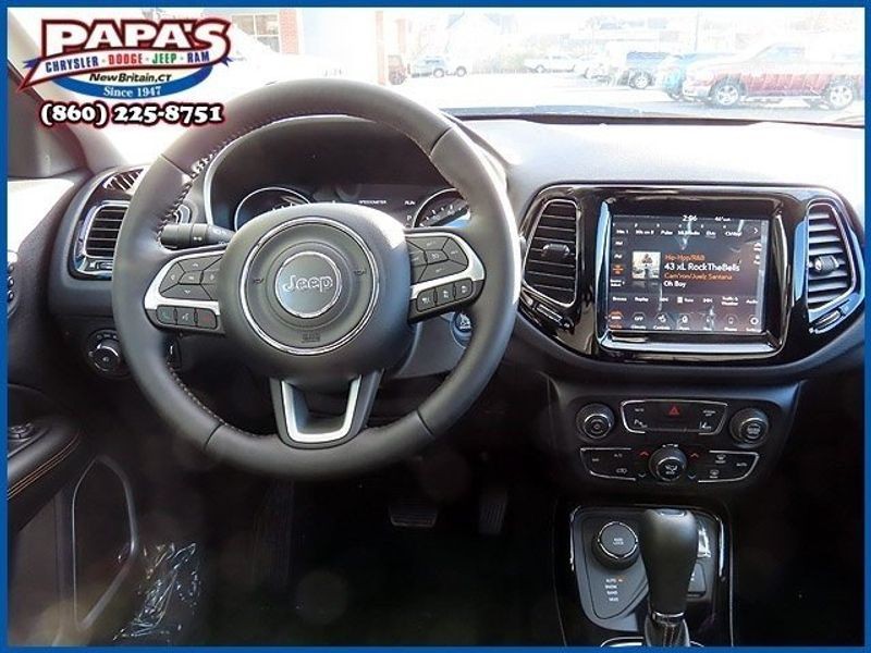 2021 Jeep Compass LimitedImage 11