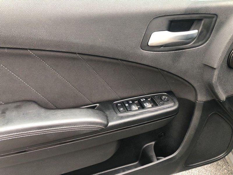 2018 Dodge Charger GTImage 13