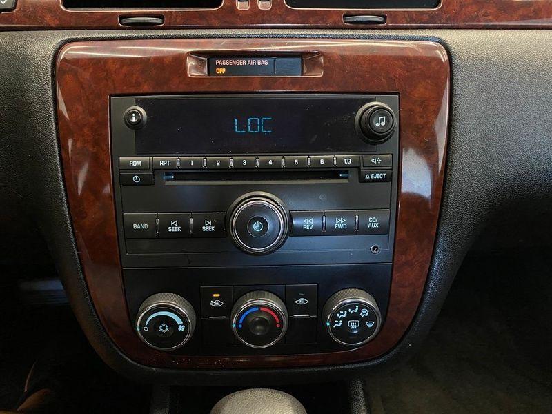 2008 Chevrolet Impala LSImage 3