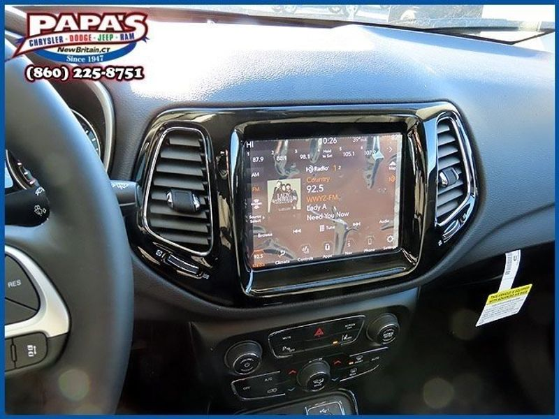 2021 Jeep Compass LimitedImage 12