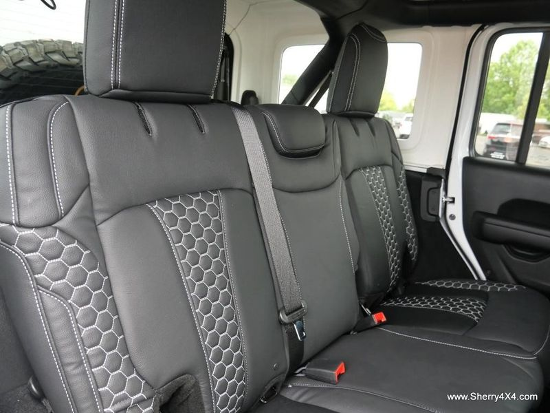 2021 JEEP WRANGLER UNLIMITED SPORT S 4X4Image 3