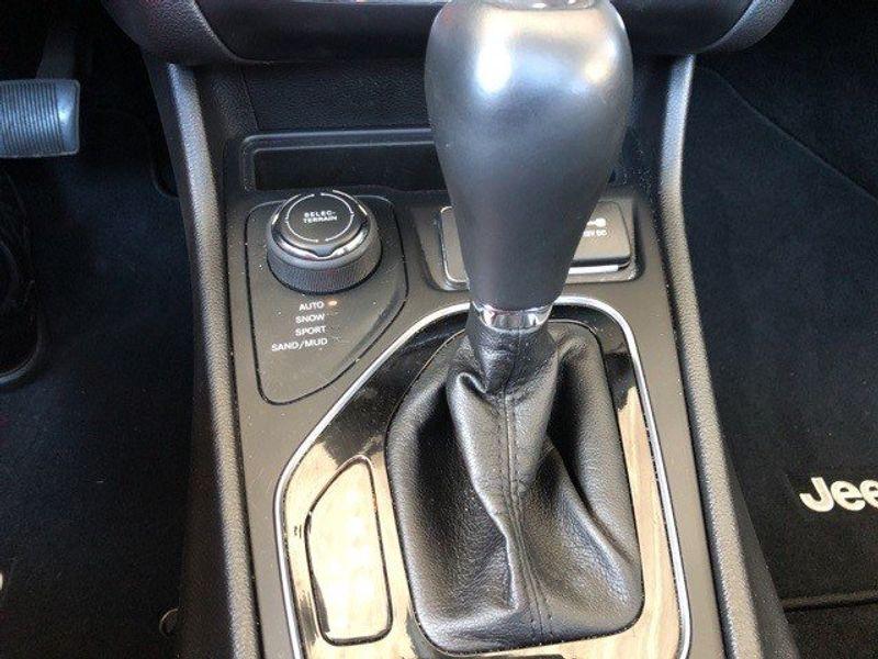 2019 Jeep Cherokee LimitedImage 43
