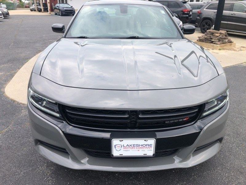 2018 Dodge Charger GTImage 2